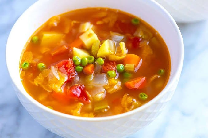 vegetables soup with lots veggies